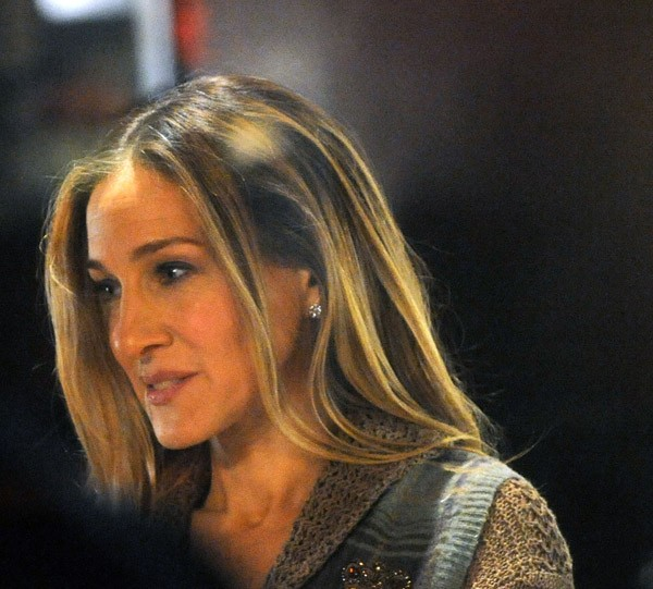 Sarah Jessica Parker filming on location for 'New Years Eve' in Manhattan on March 31, 2011 in New York City.