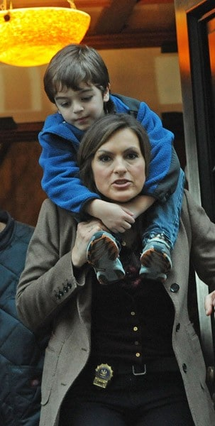 Mariska Hargitay and Ice-T filming on location for 'Law & Order SVU' on the streets of Manhattan on April 15, 2011 in New York City.