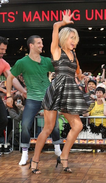 39 dwts 39 cast visits 39 good morning america 39 contact any for Good time to visit new york