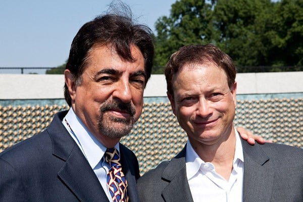 Joe Mantegna and Gary Sinise attend the Honoring Our Fallen Warriors Wreath-Laying ceremony at the National World War II Memorial, National Mall on May 30, 2011 in Washington, DC.