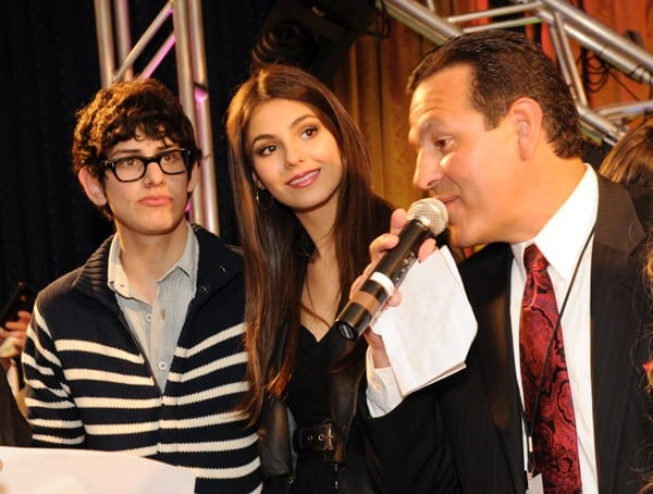 'Victorious' cast members Matt Bennett and Victoria Justice participate in a fundraiser for St. Jude Childrens Research Hospital at Peabody Hotel on May 14, 2011 in Memphis, Tennessee.