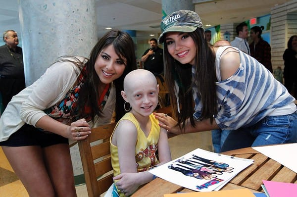 Miranda Cosgrove, Jennette McCurdy, Ariana Grande, Victoria Justice and Daniella Monet visit St. Jude Children's Research Hospital on May 15, 2011 in Memphis, Tennessee.
