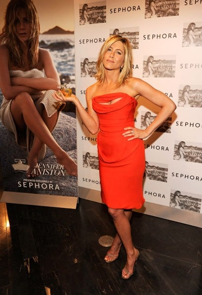 Actress Jennifer Aniston visits Sephora to celebrate her fragrance, Jennifer Aniston, at Sephora Lexington Avenue on May 5, 2011 in New York City.
