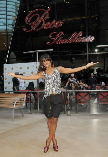 Kelly Rowland visits Eva Longoria's Beso Steakhouse At Crystals CityCenter on May 7, 2011 in Las Vegas, Nevada.