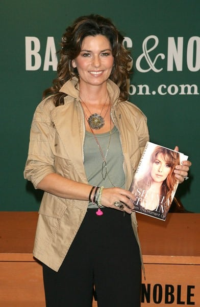 Shania Twain signs copies of her book 'From This Moment On' at Barnes & Noble, 5th Avenue on May 4, 2011 in New York City.