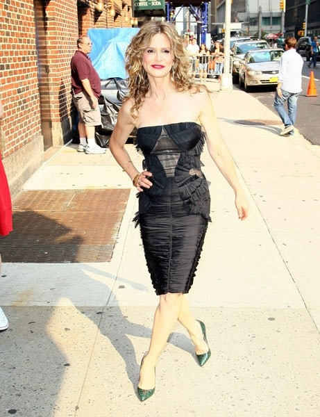 Actress Kyra Sedgwick arrives to 'Late Show With David Letterman' at the Ed Sullivan Theater on July 11, 2011 in New York City.