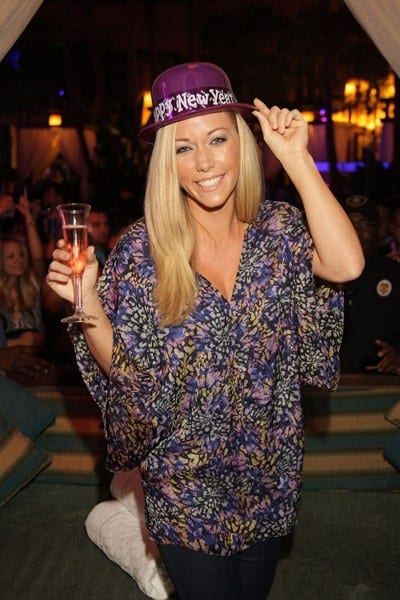 Kendra Wilkinson visits The Pool at Harrah's Casino July 30, 2011 in Atlantic City, New Jersey.