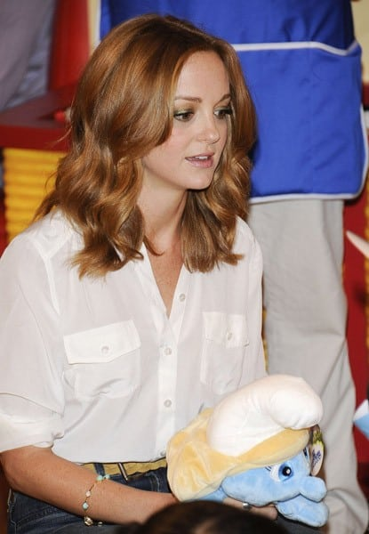Jayma Mays and Neil Patrick Harris visit the Build-A-Bear Workshop on July 27, 2011 in New York City.