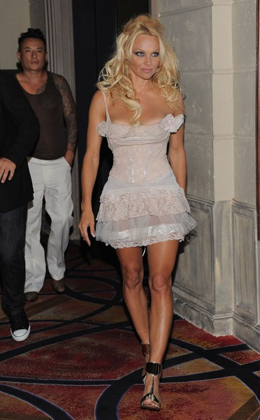 Pamela Anderson celebrates her birthday at Chateau Nightclub and Gardens at Paris Las Vegas on July 30, 2011 in Las Vegas, Nevada.