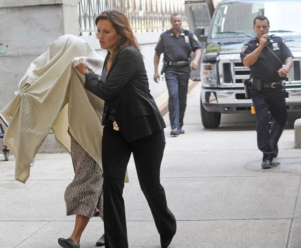 Mariska Hargitay filming on location for 'Law & Order: Special Victims Unit' on the streets of Manhattan on August 18, 2011 in New York City.