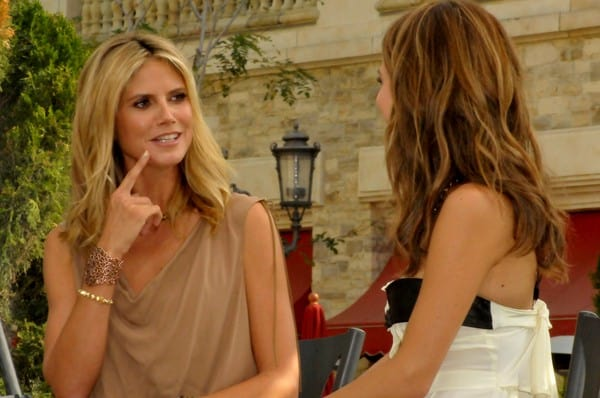 'Extra' Interview with Heidi Klum and Maria Menounos at The Grove in Los Angeles, California on September 14, 2011