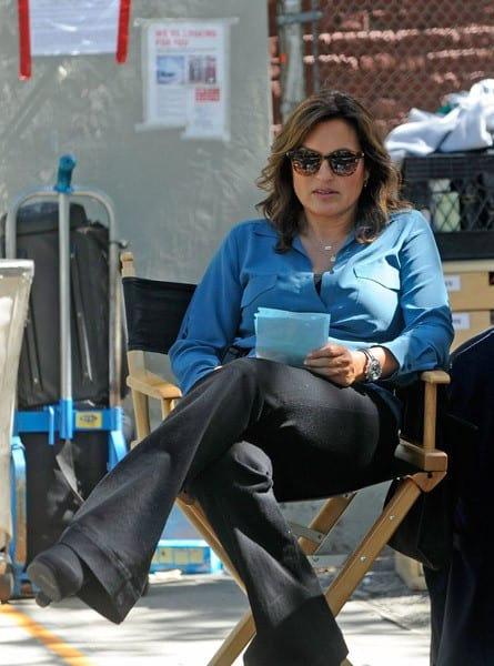 Mariska Hargitay and Dan Lauria on location for 'Law & Order: SVU' on September 9, 2011 on the Streets of Manhattan in New York City.
