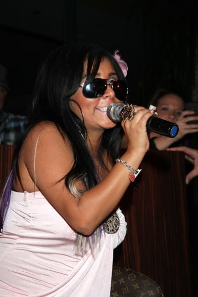 Nicole 'Snooki' Polizzi visits The Pool at Harrah's Resort on September 24, 2011 in Atlantic City, New Jersey.