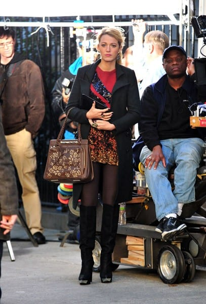 Blake Lively on the set of 'Gossip Girl' on October 25, 2011 in New York City.