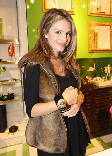 Maria Menounos shops at the C. Wonder Flagship Store during their Opening Extravaganza - Day 2 on October 23, 2011 in New York City.