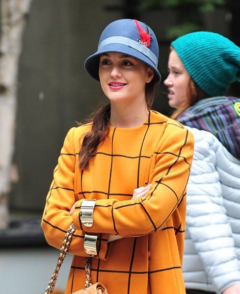 Leighton Meester seen on location for 'Gossip Girl' on October 12, 2011 in New York City.