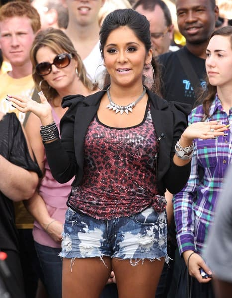 Nicole 'Snooki' Polizzi and Mario Lopez are seen at The Grove on October 17, 2011 in Los Angeles, California.