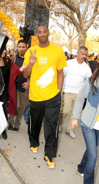 Kobe Bryant Attends the 5th Annual United Way HomeWalk at Exposition Park in Los Angeles, California on November 19, 2011.