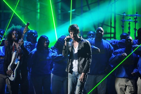 Enrique Iglesias, Kelly Clarkson, Justin Bieber, Nicki Minaj performs at the 2011 American Music Awards at Nokia Theatre L.A. Live on November 20, 2011 in Los Angeles, California.
