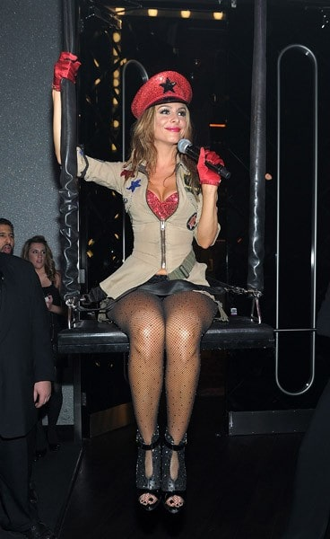Maria Menounos performs live at Pussycat Dolls Burlesque Saloon on November 12, 2011 in Las Vegas, Nevada.