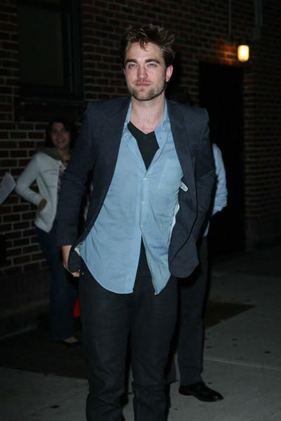 Actor Robert Pattinson departs 'Late Show With David Letterman' at the Ed Sullivan Theater on November 8, 2011 in New York City.