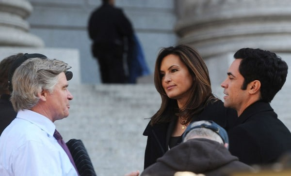 Actors Treat Williams, Mariska Hargitay and Danny Pino filming on location for 'Law & Order: SVU' on November 9, 2011 on the Streets of Manhattan in New York City.