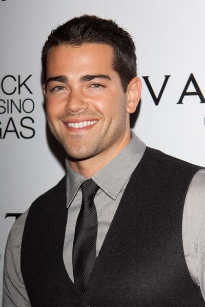 Jesse Metcalfe Celebrates his 33rd Birthday at Vanity Nightclub in Las Vegas, Nevada on December 10, 2011